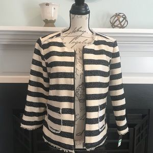 Crown & Ivy Off White and Black zip front jacket